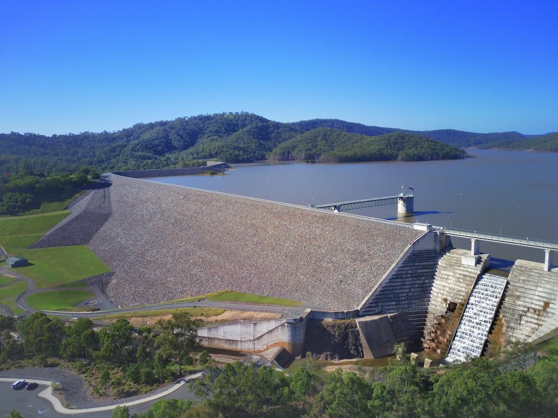Hinze Dam header image 2